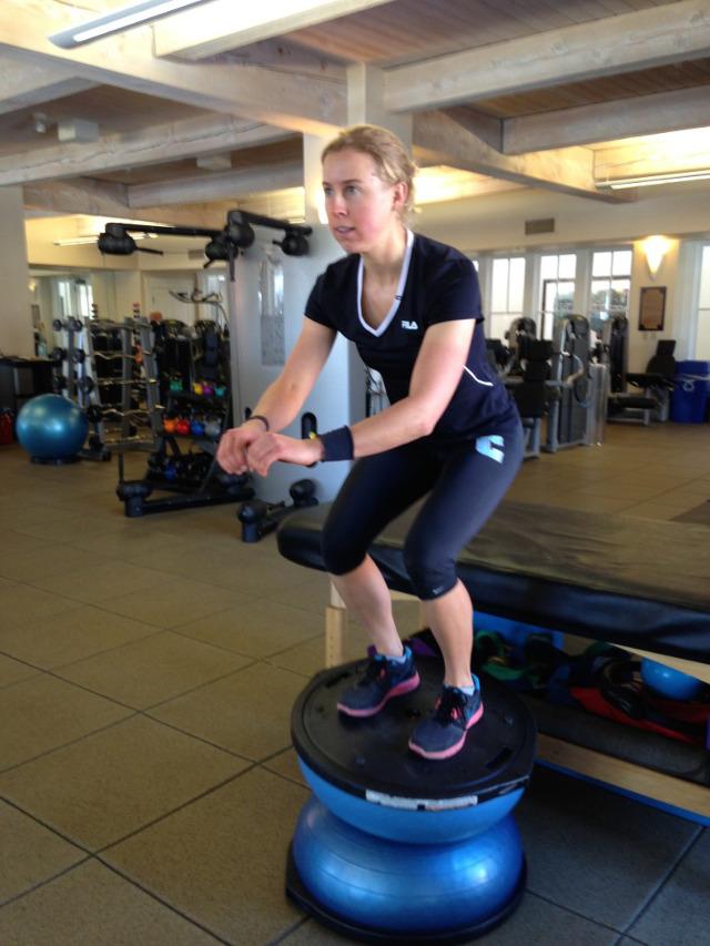 Irena ossola balance bozu yoga ball
